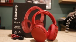 Hesh 3 wireless over ear Red