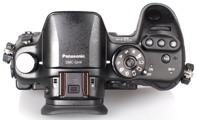 Panasonic GH4 Body-3